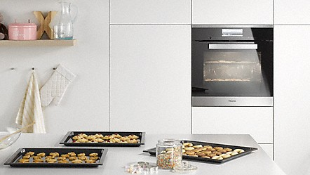 Miele ovens for Eye level oven kitchen designs