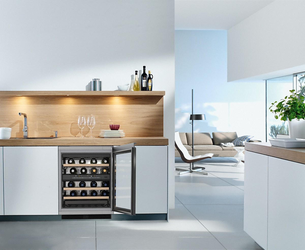 Integrated Wine Cabinet Kwt 6321 Ug Built Under Wine Conditioning Unit Glass Door